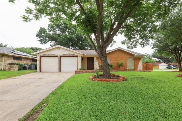 1725 Acosta Street, Grand Prairie, TX 75051 - #: 14595511