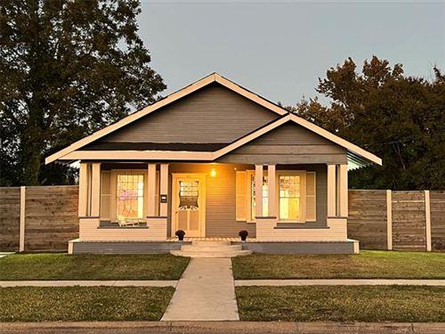 Photo of 511 N Beaton Street, Corsicana, TX 75110 (MLS # 14698516)