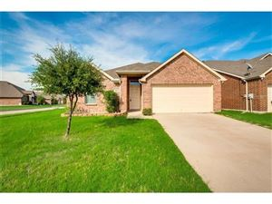Photo of 5124 Parkview Hills Lane, Fort Worth, TX 76179 (MLS # 14185518)