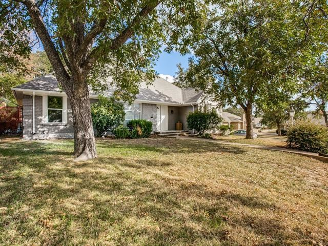 2121 Canton Drive, Fort Worth, TX 76112 - #: 14501518
