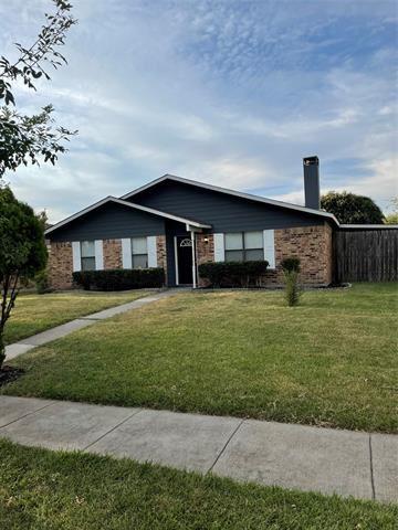 Photo of 2223 Ridgedale Drive, Carrollton, TX 75006 (MLS # 14678519)