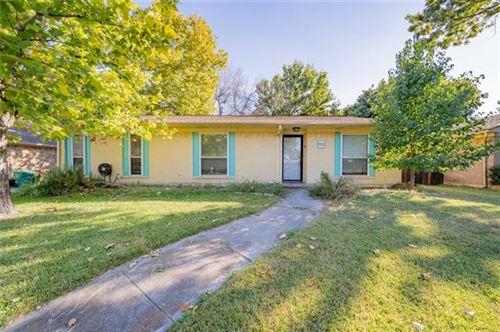 Photo of 516 Coronado Drive, Denton, TX 76209 (MLS # 14678522)