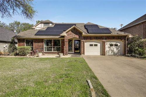 Photo of 1814 Altacrest Drive, Grapevine, TX 76051 (MLS # 14544525)