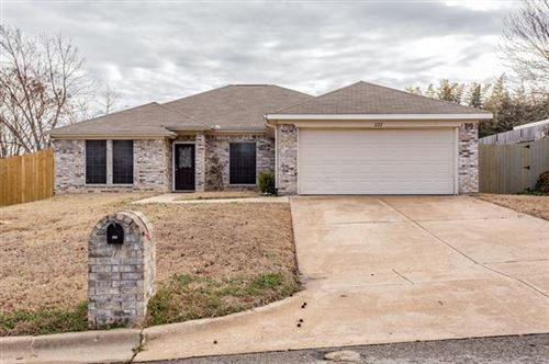 Photo of 222 Lancelot Drive, Weatherford, TX 76086 (MLS # 14524526)
