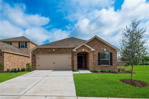 Photo of 125 Magnolia Drive, Sanger, TX 76266 (MLS # 14450527)