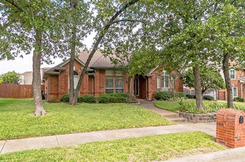 Photo of 8625 Twisted Oaks Way, North Richland Hills, TX 76182 (MLS # 14432529)