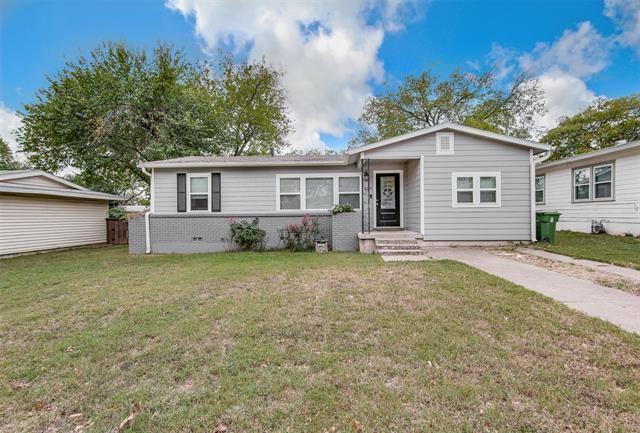229 W Cedar Street, Hurst, TX 76053 - #: 14460529