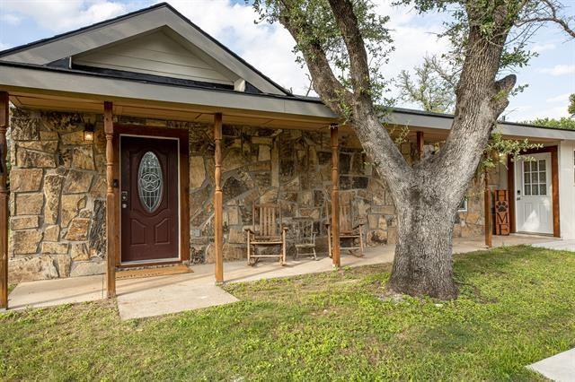 305 Ross Avenue, Glen Rose, TX 76043 - MLS#: 14586531