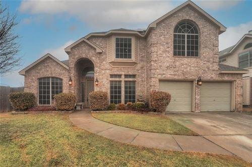 Photo of 6828 Muleshoe Lane, Fort Worth, TX 76179 (MLS # 14523532)
