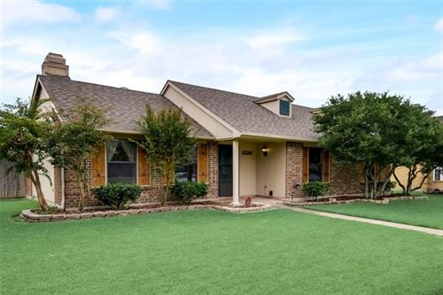 Photo of 1326 Rocky Creek Lane, Allen, TX 75002 (MLS # 14685533)
