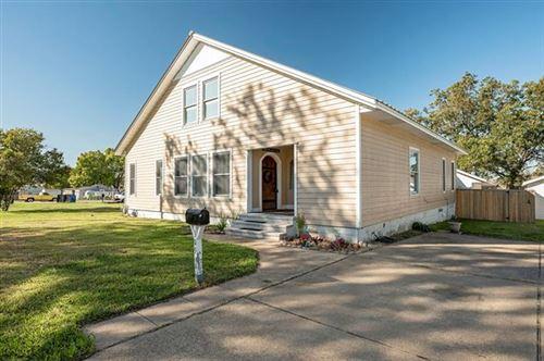 Photo of 309 Lane Street, Mesquite, TX 75149 (MLS # 14698535)