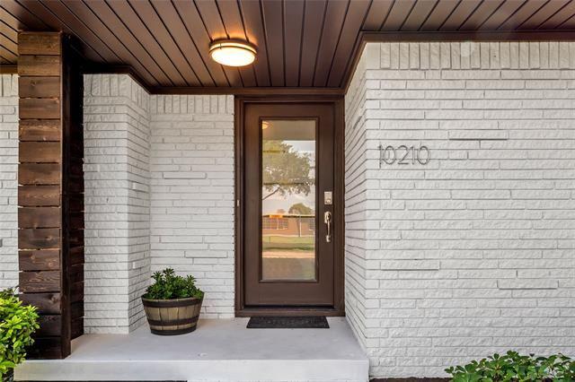10210 Estate Lane, Dallas, TX 75238 - #: 14435535