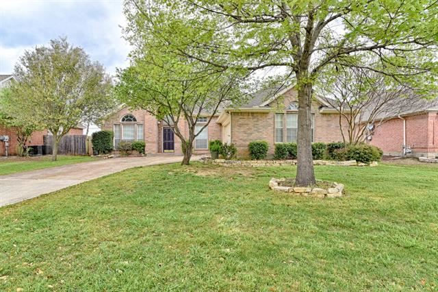 16 Enchanted Court, Mansfield, TX 76063 - #: 14438535