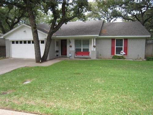 Photo of 2725 Sibley Drive, Arlington, TX 76015 (MLS # 14549536)
