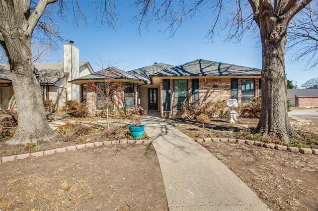 5700 Sterling Green Trail, Arlington, TX 76017 - #: 14522537
