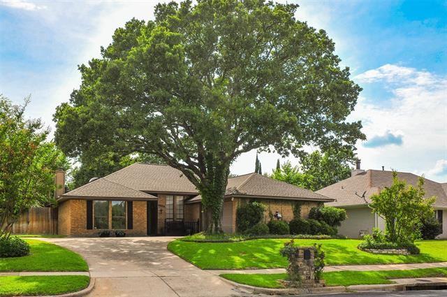 4904 Caliente Drive, Arlington, TX 76017 - #: 14452539