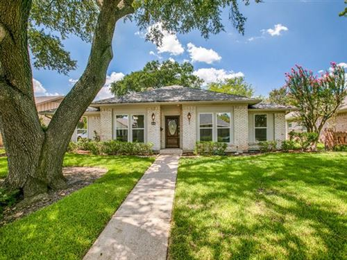 Photo of 16027 Longvista Drive, Dallas, TX 75248 (MLS # 14420542)
