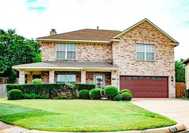 425 Sunset Oaks Drive, Fort Worth, TX 76112 - #: 14650542