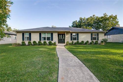 Photo of 425 Summit Drive, Richardson, TX 75081 (MLS # 14451543)