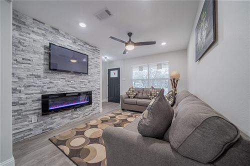 Photo of 2201 Darrell Court, Irving, TX 75060 (MLS # 14504544)