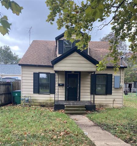 Photo of 216 Craig Street, Hillsboro, TX 76645 (MLS # 14694544)
