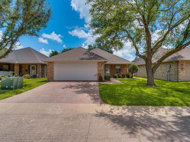 106 Royal Crest Court, Red Oak, TX 75154 - MLS#: 14631544