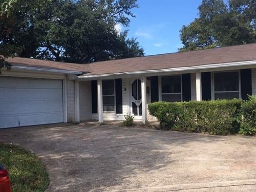 Photo of 2413 Sussex Dr, Garland, TX 75041 (MLS # 14687545)