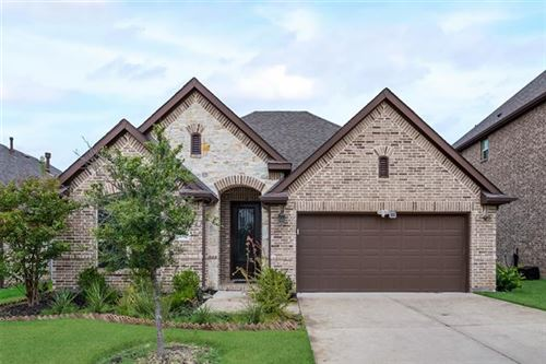 Photo of 14712 Spitfire Trail, Fort Worth, TX 76262 (MLS # 14685546)