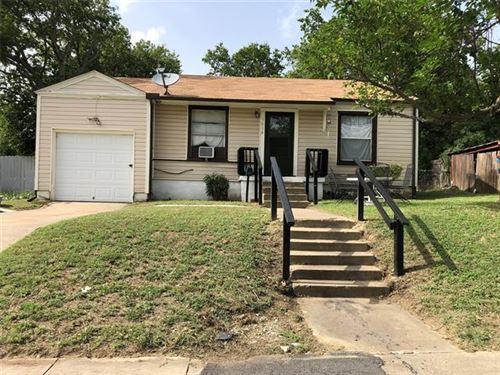 Photo of 3616 W Boyce Avenue, Fort Worth, TX 76133 (MLS # 14384547)