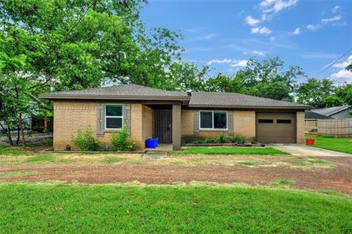 Photo of 311 E Division Street, Pilot Point, TX 76258 (MLS # 14405547)