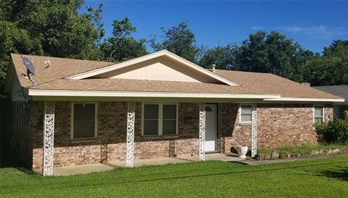 Photo of 610 White, Whitesboro, TX 76273 (MLS # 14388548)