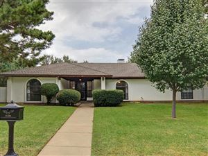 Photo of 4720 Foxfire Way, Fort Worth, TX 76133 (MLS # 14200549)