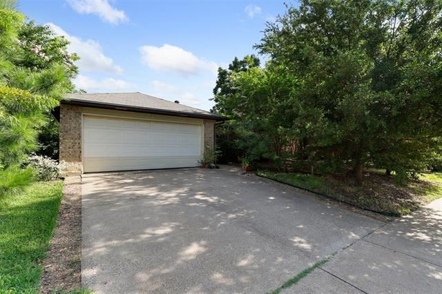3049 Richwood Circle, Bedford, TX 76021 - #: 14381554
