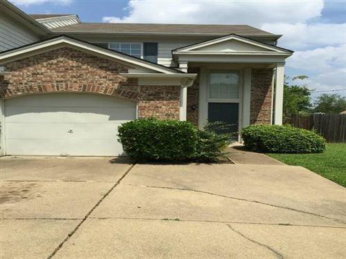 Photo of 1503 Maybrook Court, Arlington, TX 76014 (MLS # 14506556)