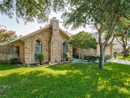 Photo of 416 Miranda Terrace, Bedford, TX 76021 (MLS # 14170557)