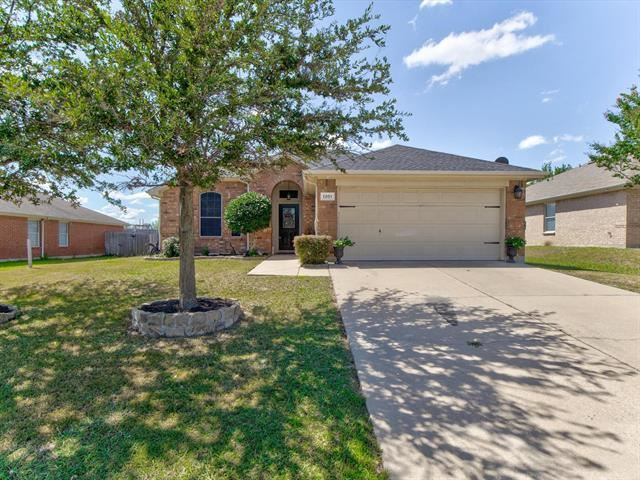 1201 Sweetwater Drive, Burleson, TX 76028 - #: 14670560