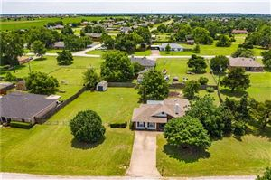 Photo of 1214 Hillview Drive, Waxahachie, TX 75165 (MLS # 14113561)