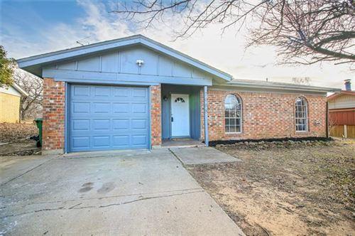 Photo of 7008 Smithfield Road, North Richland Hills, TX 76182 (MLS # 14503566)