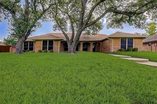 Photo of 5910 Lakeshore Drive, Rowlett, TX 75089 (MLS # 14674569)