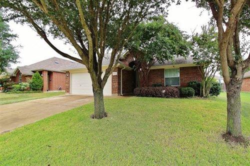 Photo of 1112 Seider Lane, Grand Prairie, TX 75052 (MLS # 14691569)