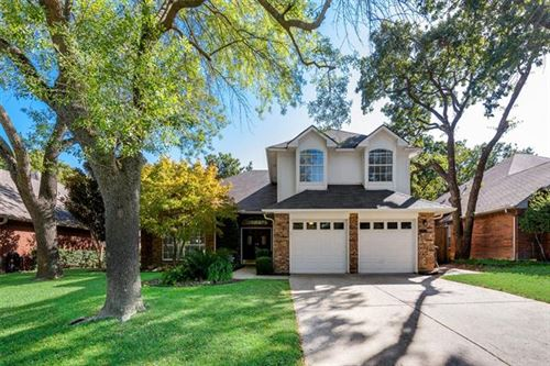Photo of 535 Post Oak Road, Grapevine, TX 76051 (MLS # 14451570)