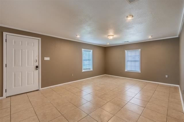 2845 S Grove Street, Fort Worth, TX 76104 - #: 14541572