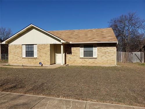 Photo of 3732 Seven Gables Street, Fort Worth, TX 76133 (MLS # 14238573)