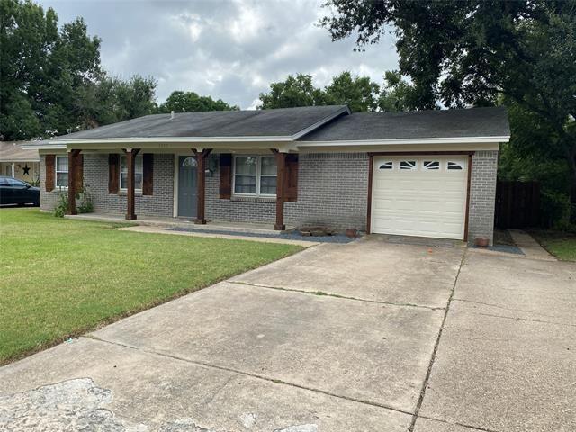 1202 Fairmont Street, Irving, TX 75062 - #: 14670573