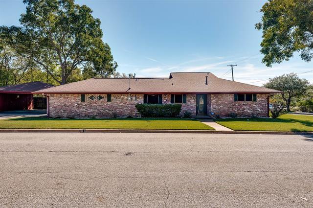 1024 W Pecan Street, Sherman, TX 75092 - #: 14695573
