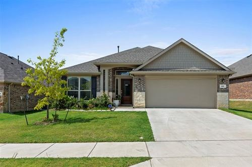 Photo of 820 Skytop Drive, Fort Worth, TX 76052 (MLS # 14440574)