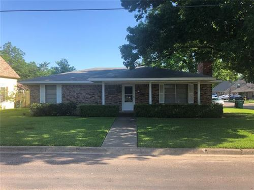 Photo of 314 Hall Street, Whitesboro, TX 76273 (MLS # 14347575)