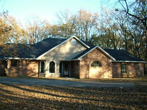 Photo of 2117 County Road 4312, Campbell, TX 75422 (MLS # 14178578)