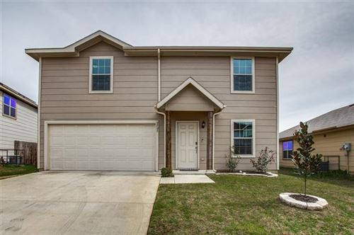 Photo of 2905 Las Cruces Drive, Fort Worth, TX 76119 (MLS # 14284578)