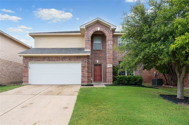 10104 Chapel Rock Drive, Fort Worth, TX 76116 - #: 14400582